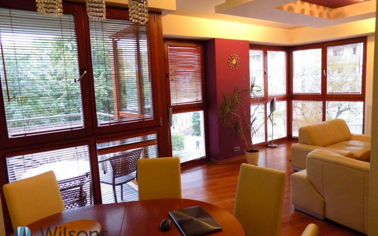 3 room apartment with garage and mobile phone, Mokotów