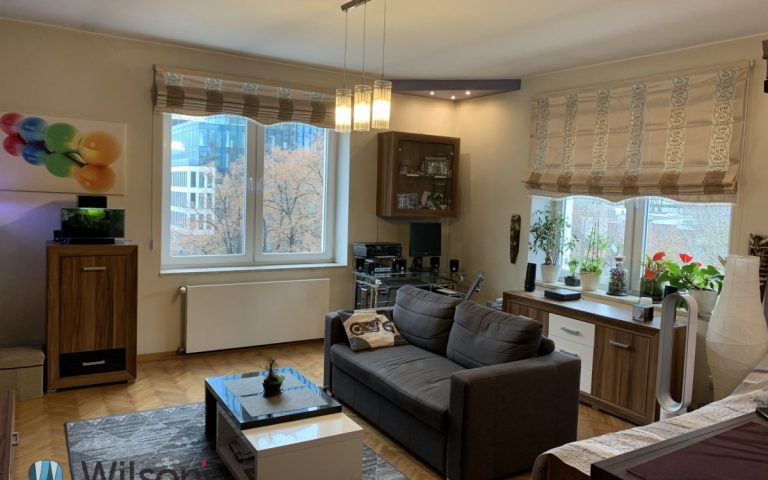Studio apartment in the Center 38 m in a beautiful tenement house