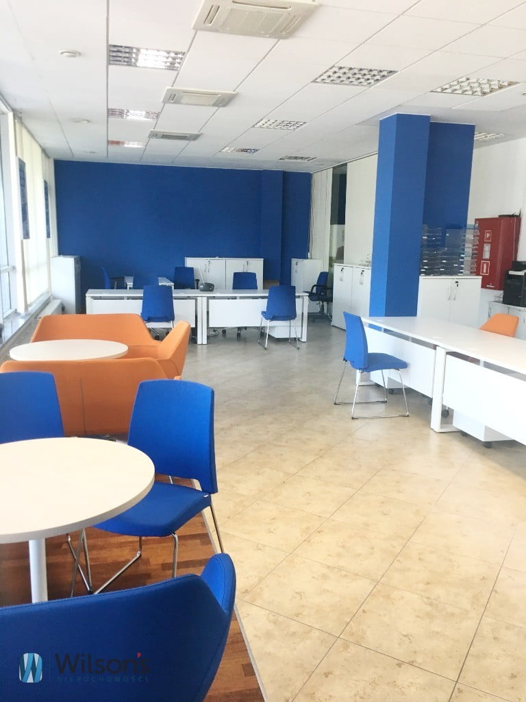 Premises / Office Showcase Italy 110m2