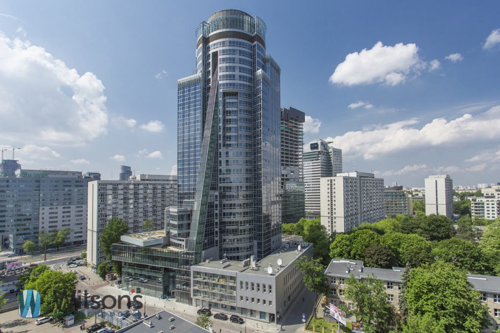 A modern 126m2 office building in the center of Warsaw